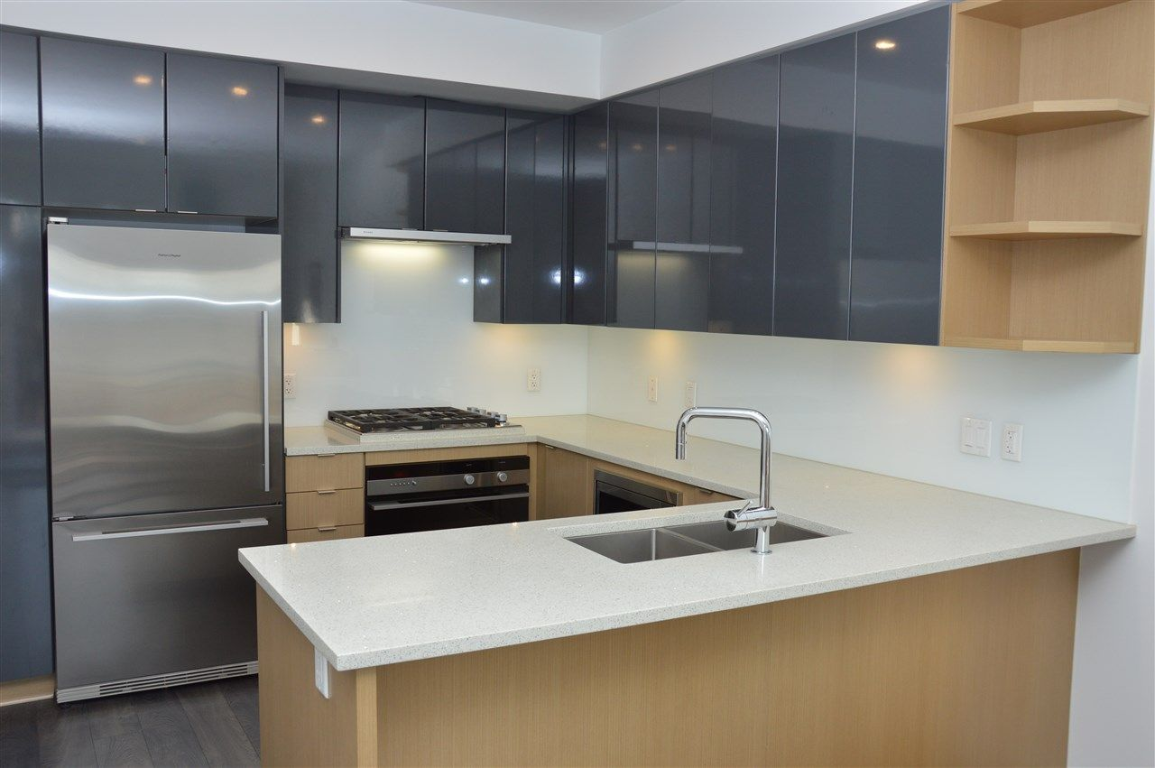 """Main Photo: PH2 2528 COLLINGWOOD Street in Vancouver: Kitsilano Condo for sale in """"The Westerly"""" (Vancouver West)  : MLS®# R2248731"""