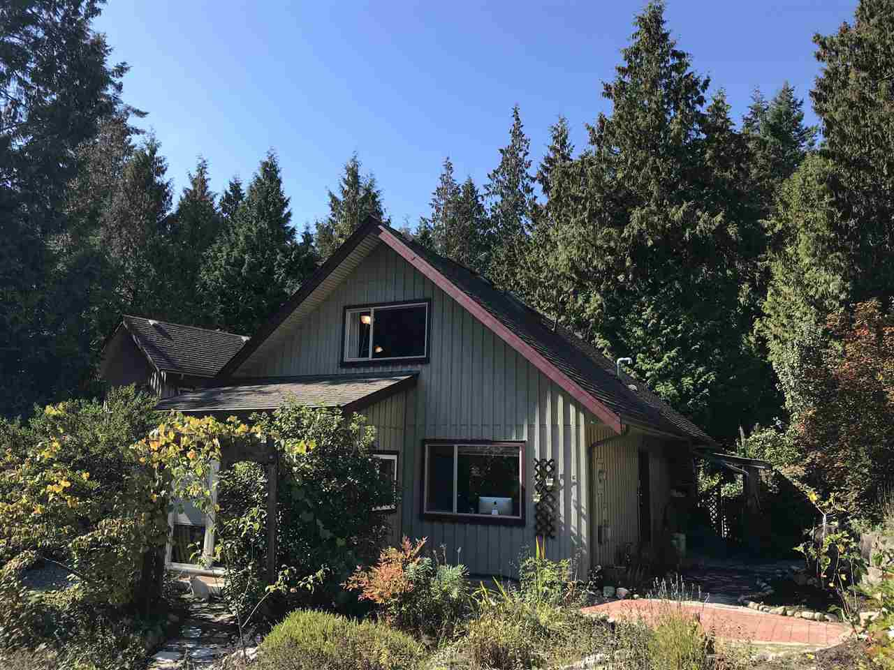 Main Photo: 2 1131 EMERY Road: Roberts Creek House for sale (Sunshine Coast)  : MLS®# R2309034
