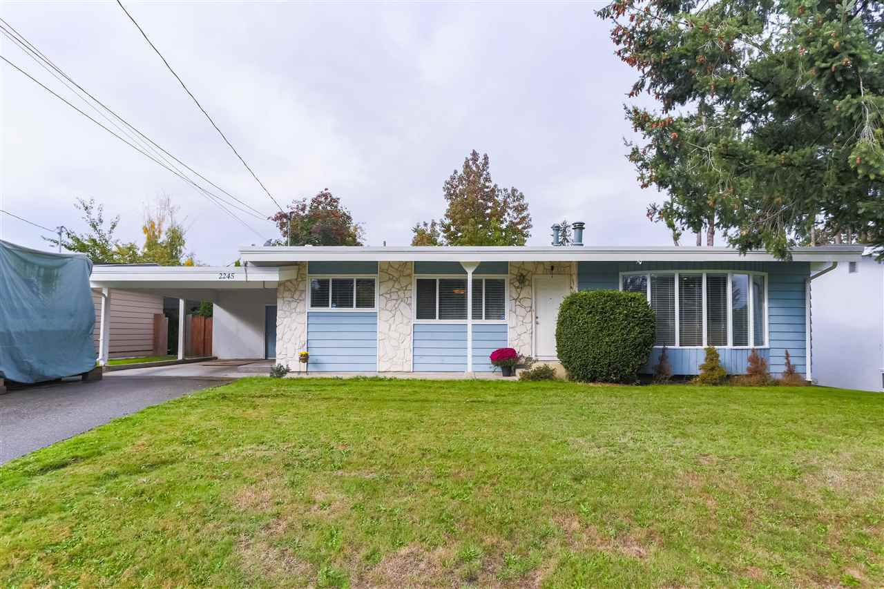 Main Photo: 2245 BEAVER Street in Abbotsford: Abbotsford West House for sale : MLS®# R2311866