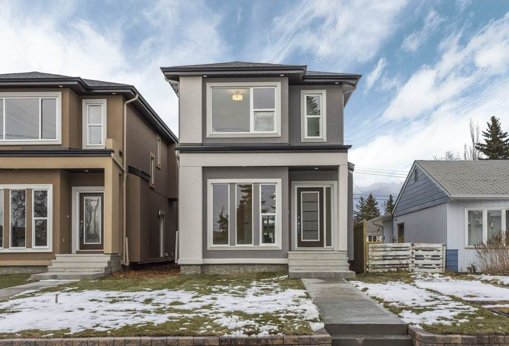 Main Photo: 11053 161 Street in Edmonton: Zone 21 House for sale : MLS®# E4137769