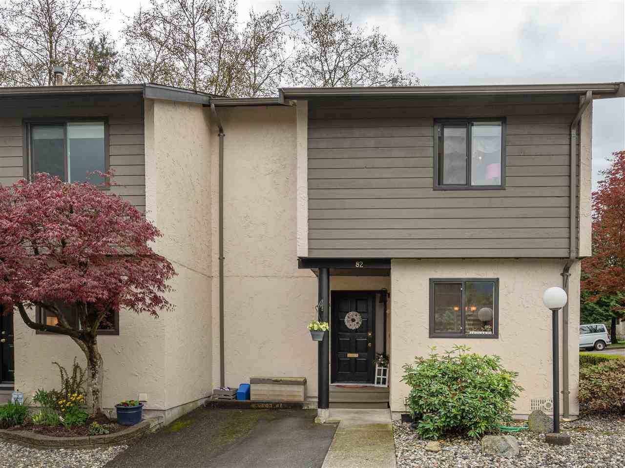 """Main Photo: 82 2905 NORMAN Avenue in Coquitlam: Ranch Park Townhouse for sale in """"PARKWOOD ESTATES"""" : MLS®# R2362487"""