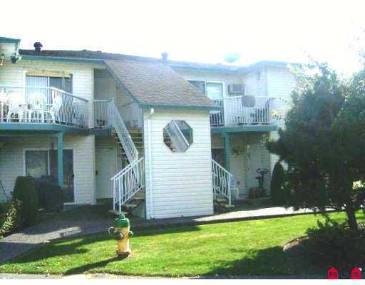 "Main Photo: 45640 STOREY Ave in Sardis: Sardis West Vedder Rd Townhouse for sale in ""WHISPERING PINES"" : MLS®# H2603826"