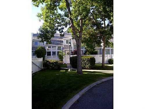 Main Photo: 10 28 BERWICK Crescent NW in Beddington: Beddington Heights 2 Storey for sale ()  : MLS®# C3615729