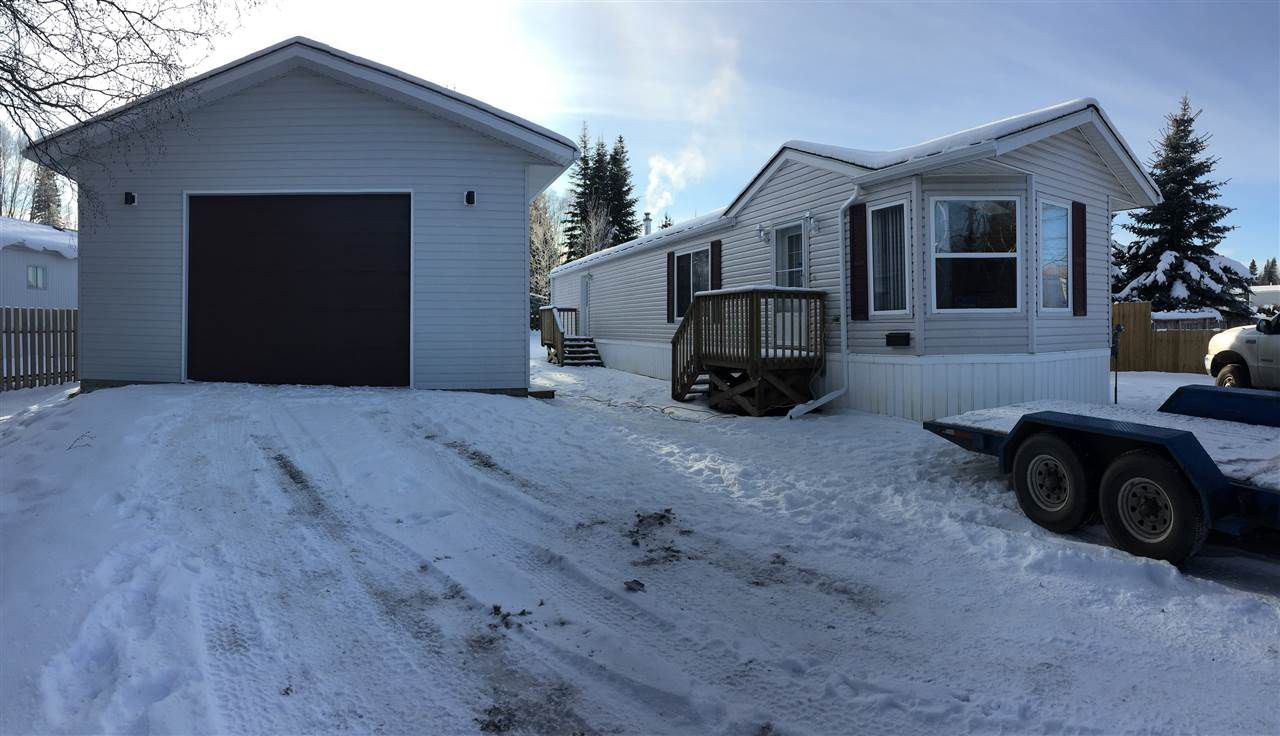 Main Photo: 4211 KNIGHT Crescent in Prince George: Emerald Manufactured Home for sale (PG City North (Zone 73))  : MLS®# R2127315