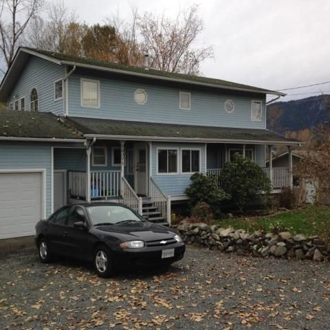 Main Photo: 10371 Young Road in Chilliwack: Fairfield Island House for sale : MLS®# R2119065