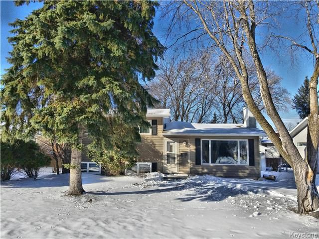 Main Photo: 50 Epsom Crescent in Winnipeg: Charleswood Residential for sale (1G)  : MLS®# 1802719