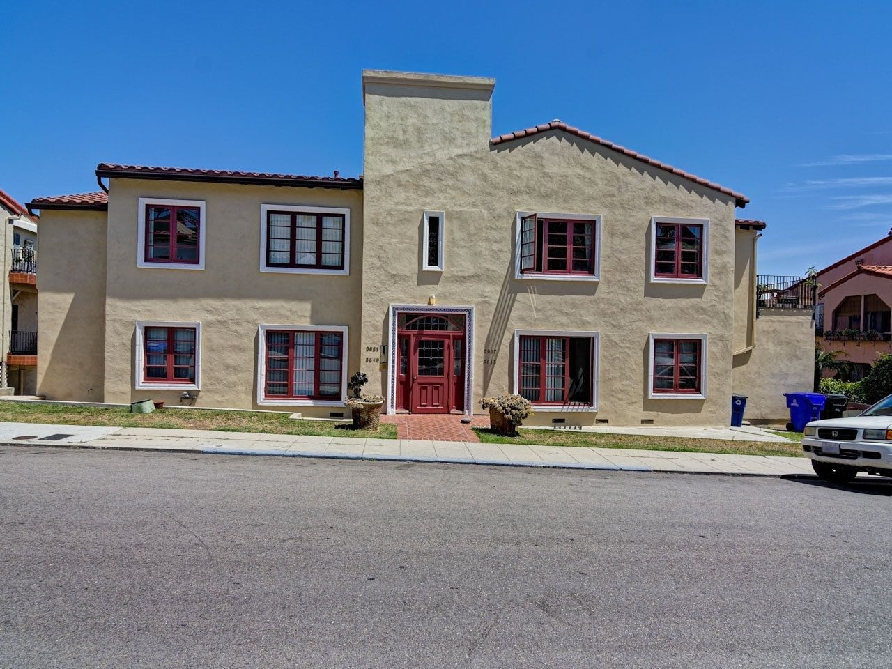 Main Photo: NORTH PARK Condo for sale : 2 bedrooms : 3619 Wilshire Terrace in San Diego