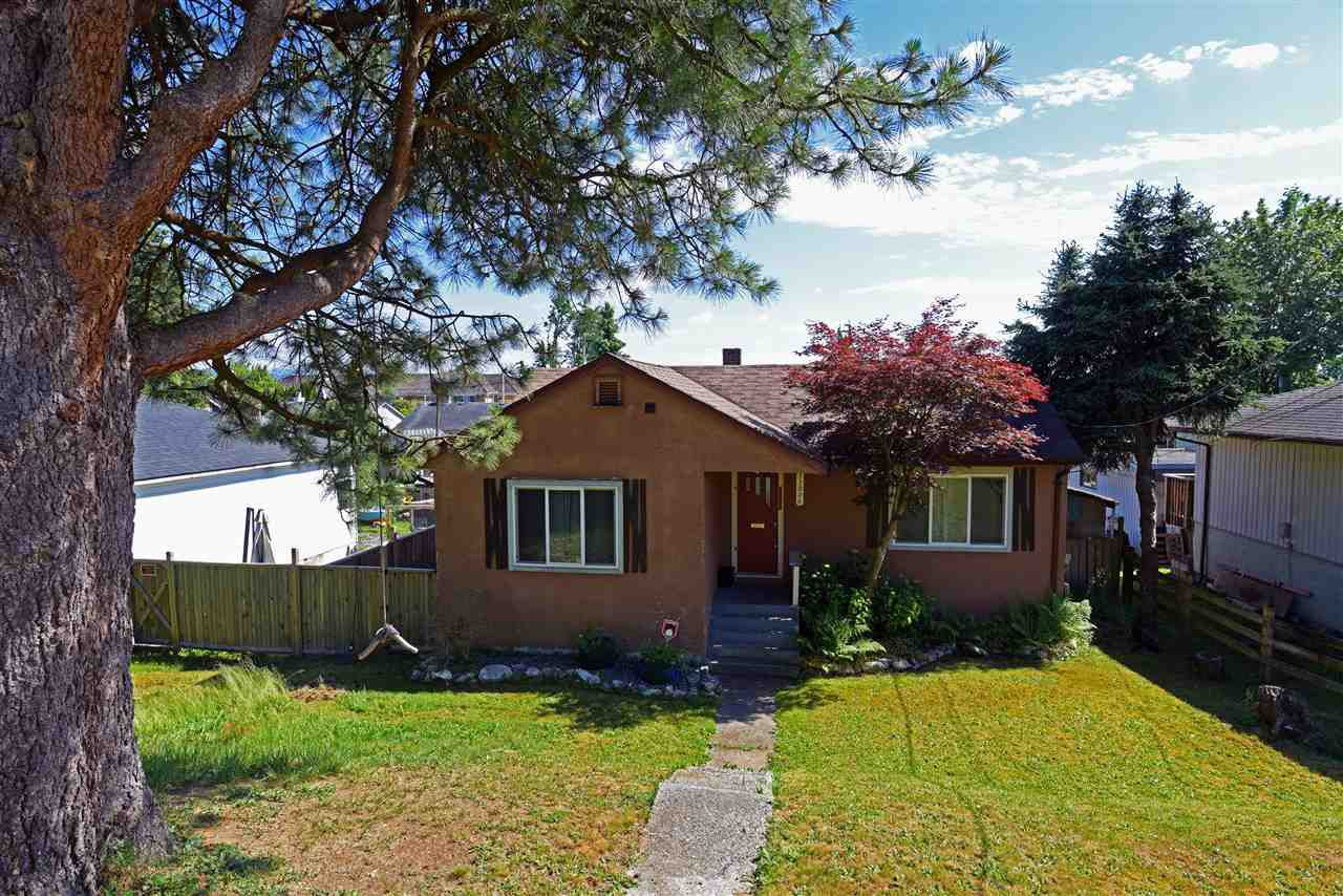 Main Photo: 33026 6TH Avenue in Mission: Mission BC House for sale : MLS®# R2317076