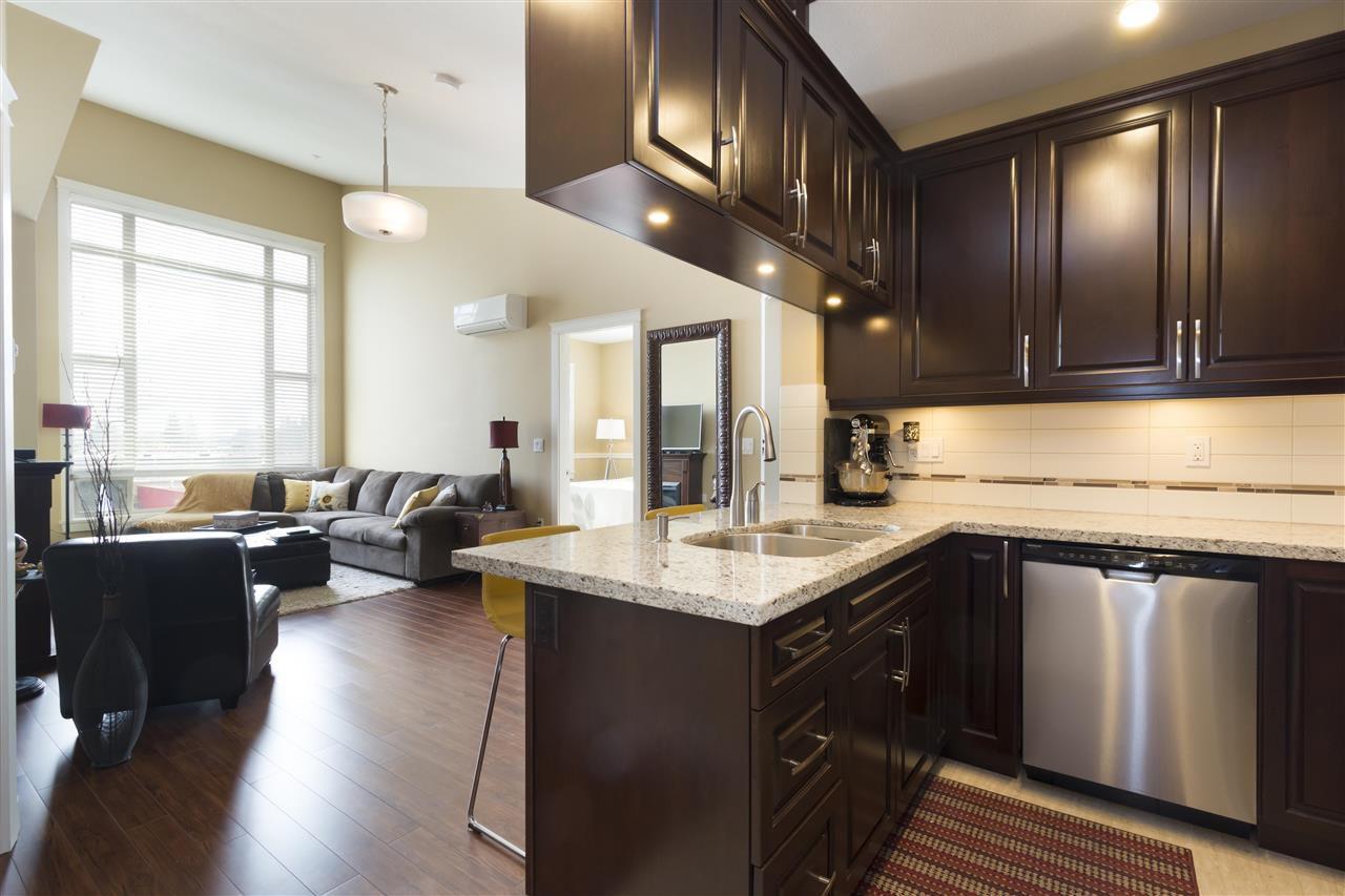 """Main Photo: 413 12655 190A Street in Pitt Meadows: Mid Meadows Condo for sale in """"Cedar Downs"""" : MLS®# R2341353"""