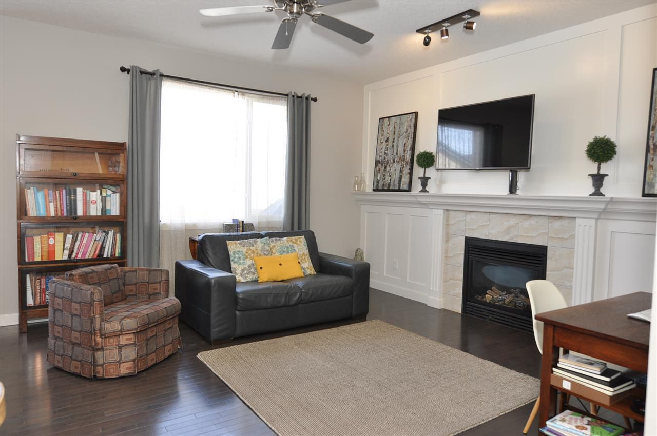 Photo 5: Photos: 9602 83 Avenue: Morinville House for sale : MLS®# E4148008
