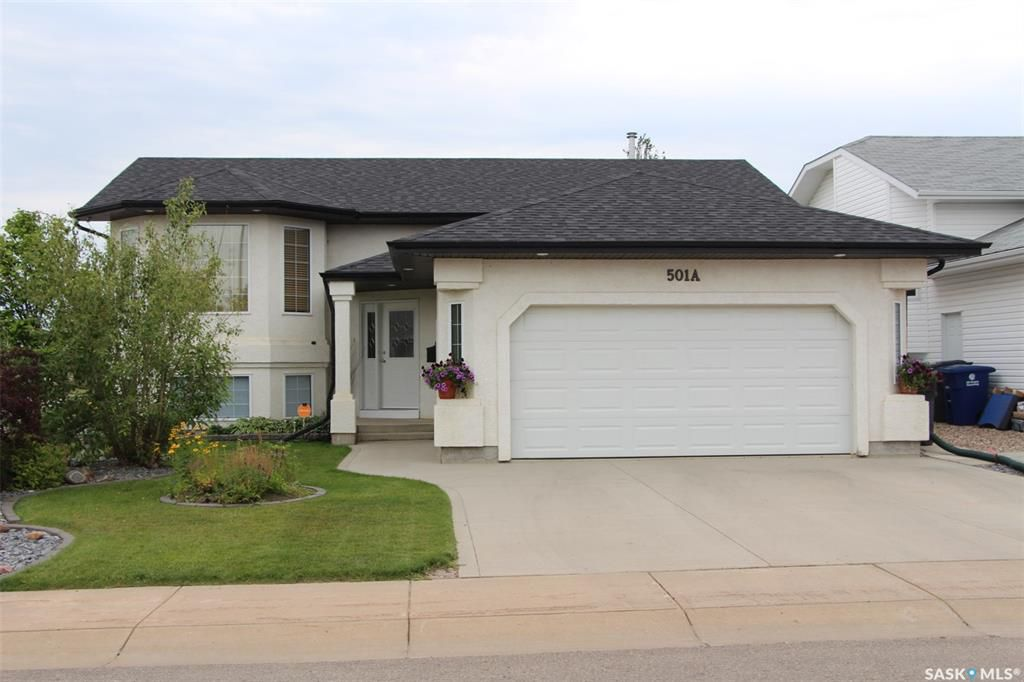 Main Photo: 501 Ens Lane in Warman: Residential for sale : MLS®# SK764122