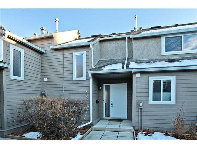 Main Photo: 802 829 COACH BLUFF Crescent SW in CALGARY: Coach Hill Townhouse for sale (Calgary)  : MLS®# C3592410