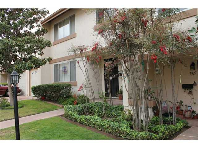 Main Photo: CLAIREMONT Condo for sale : 3 bedrooms : 5535 Caminito Roberto in San Diego
