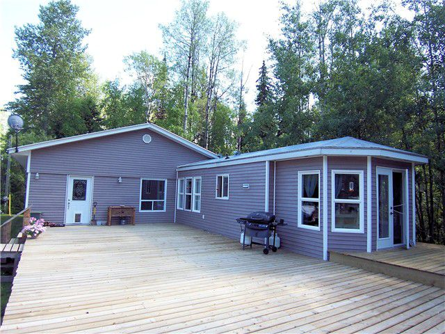 "Main Photo: 9875 LAKESIDE Drive in Prince George: Ness Lake Manufactured Home for sale in ""NESS LAKE"" (PG Rural North (Zone 76))  : MLS®# N246139"
