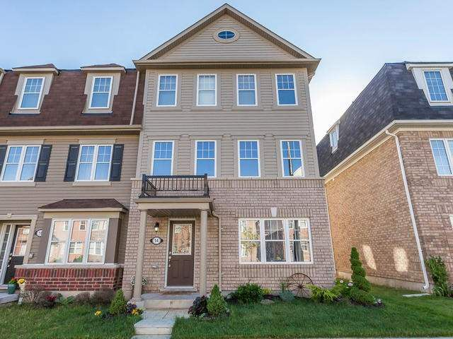 Main Photo: 14 Crossbill Road in Brampton: Northwest Brampton House (3-Storey) for sale : MLS®# W3545610