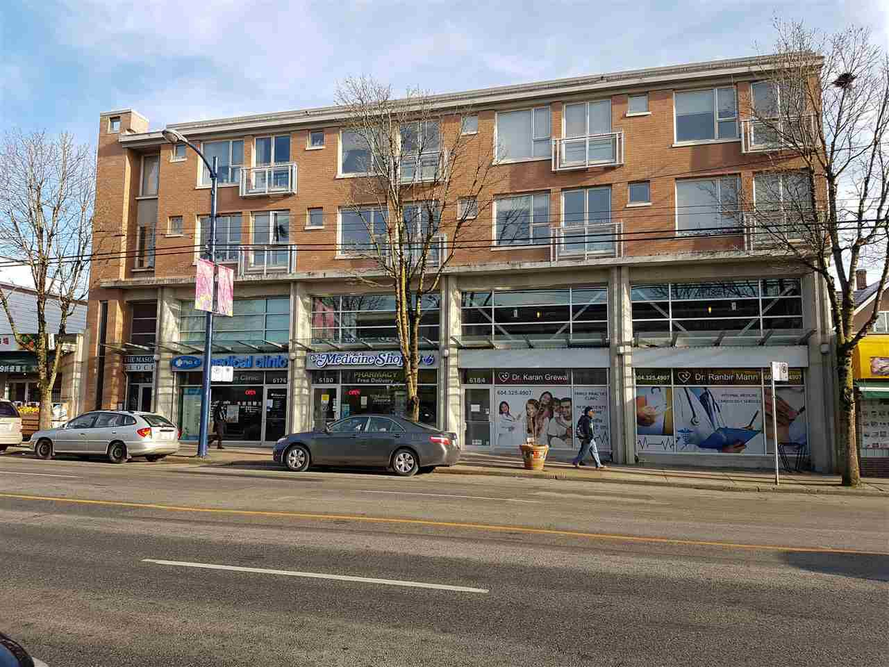 """Main Photo: 203 6172 FRASER Street in Vancouver: South Vancouver Condo for sale in """"Mason Block"""" (Vancouver East)  : MLS®# R2143584"""