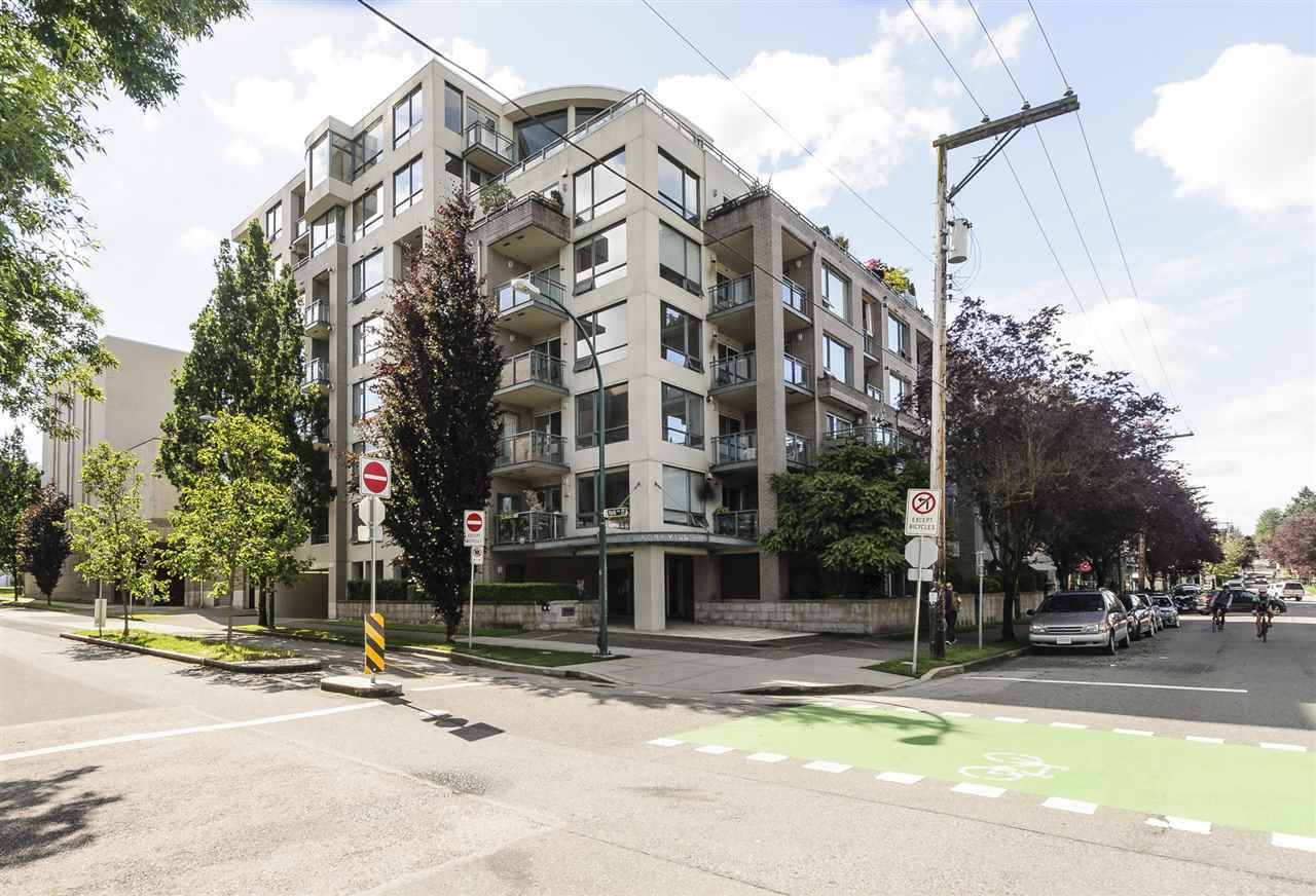 "Main Photo: 204 1888 YORK Avenue in Vancouver: Kitsilano Condo for sale in ""YORKVILLE NORTH"" (Vancouver West)  : MLS®# R2179959"