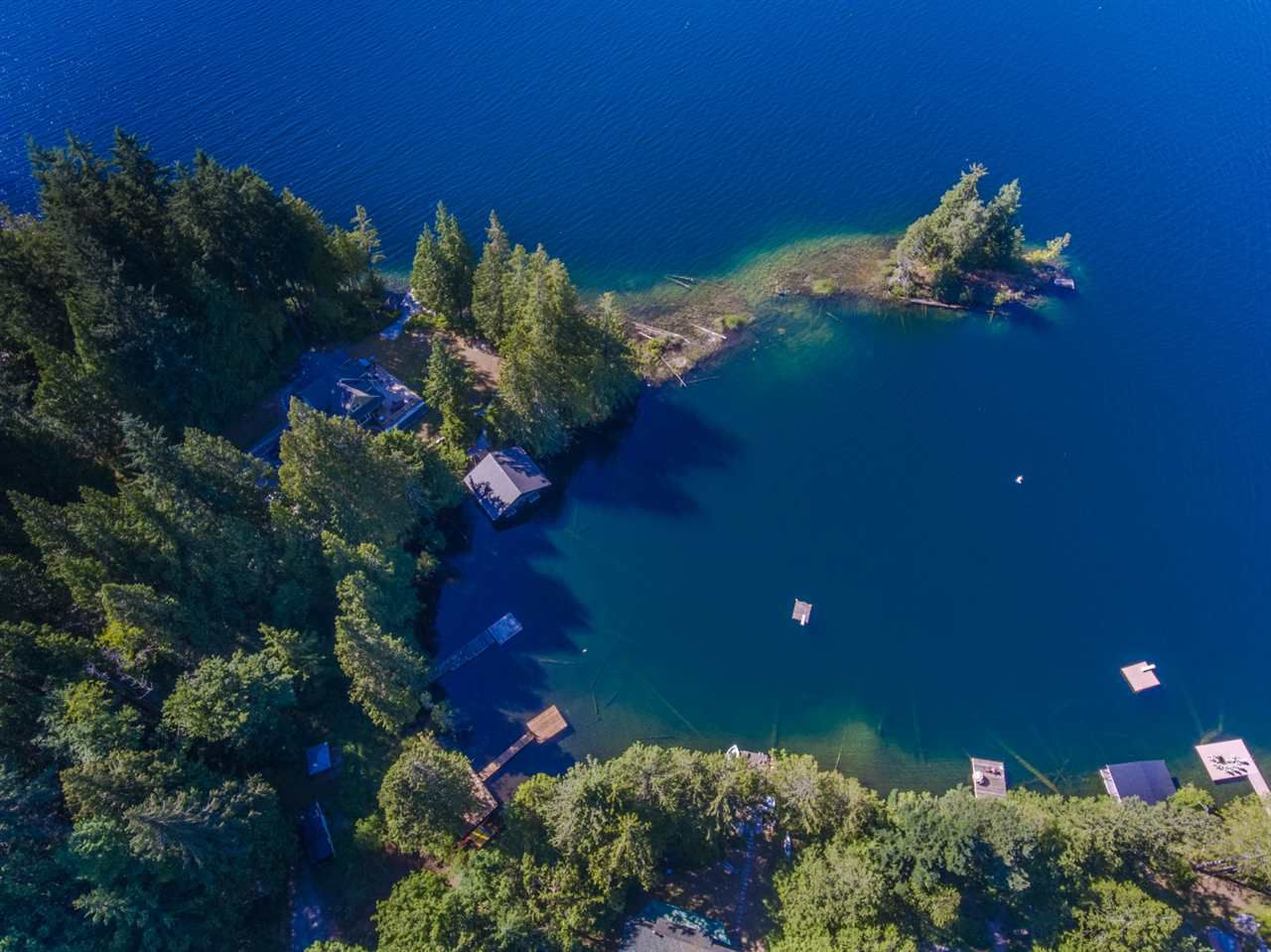 """Main Photo: 106 7101 SAKINAW WOODS Drive in Pender Harbour: Pender Harbour Egmont Home for sale in """"Sakinaw Lake"""" (Sunshine Coast)  : MLS®# R2188043"""