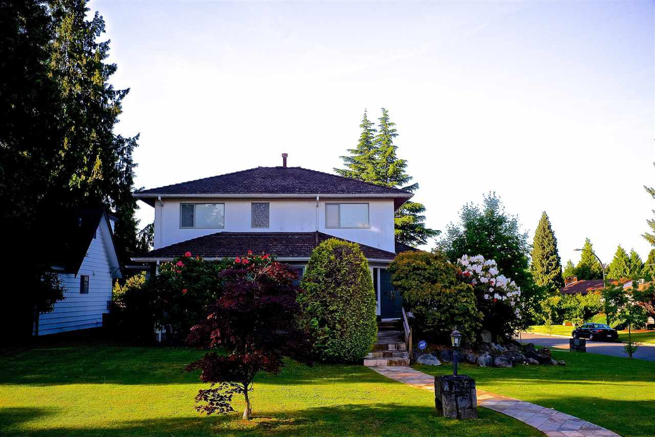 Main Photo: 888 W 42ND Avenue in Vancouver: Oakridge VW House for sale (Vancouver West)  : MLS®# R2233730