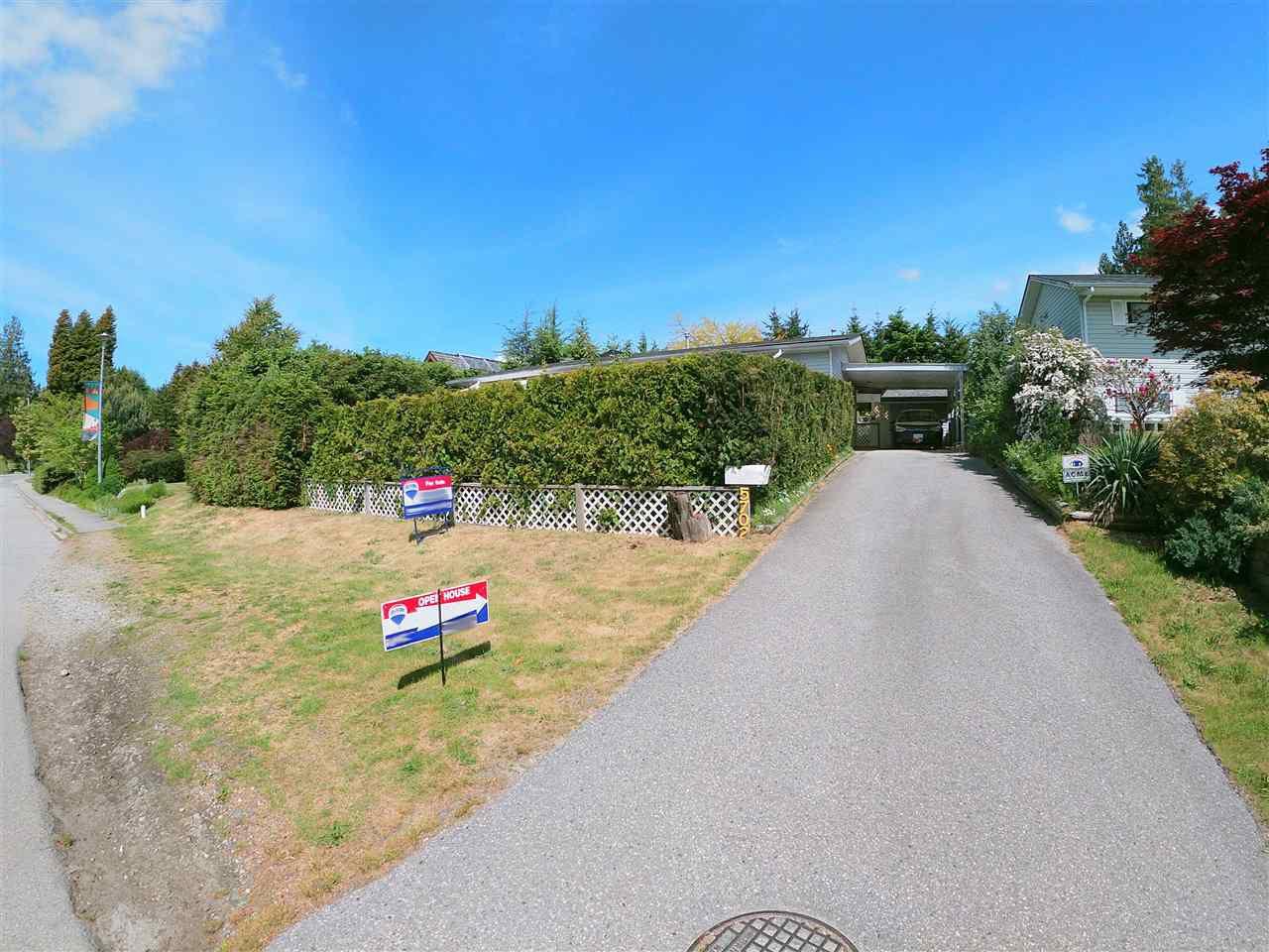 Photo 7: Photos: 5702 MEDUSA Street in Sechelt: Sechelt District House for sale (Sunshine Coast)  : MLS®# R2323721