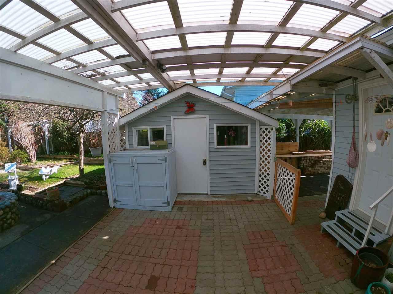 Photo 19: Photos: 5702 MEDUSA Street in Sechelt: Sechelt District House for sale (Sunshine Coast)  : MLS®# R2323721