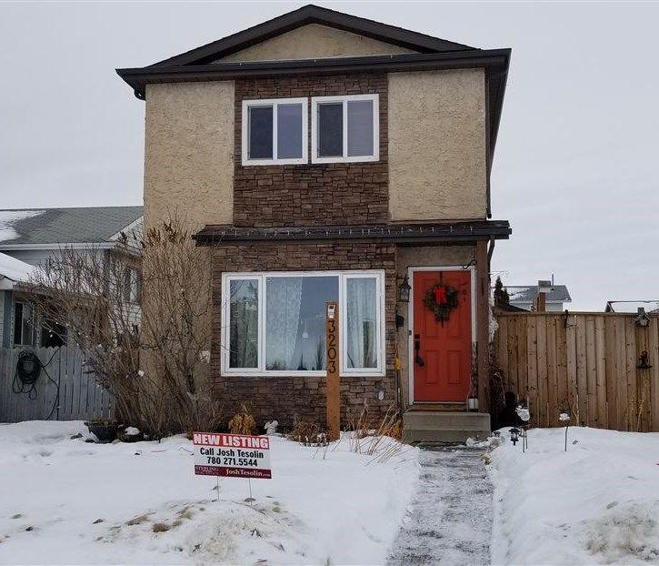 Main Photo: 3203 37 Street in Edmonton: Zone 29 House for sale : MLS®# E4139530