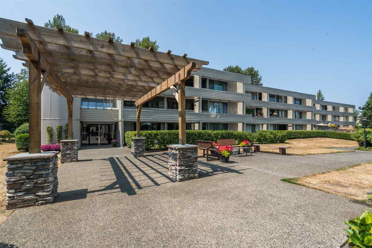"""Main Photo: 102 15272 19 Avenue in Surrey: King George Corridor Condo for sale in """"Parkview Place"""" (South Surrey White Rock)  : MLS®# R2338641"""