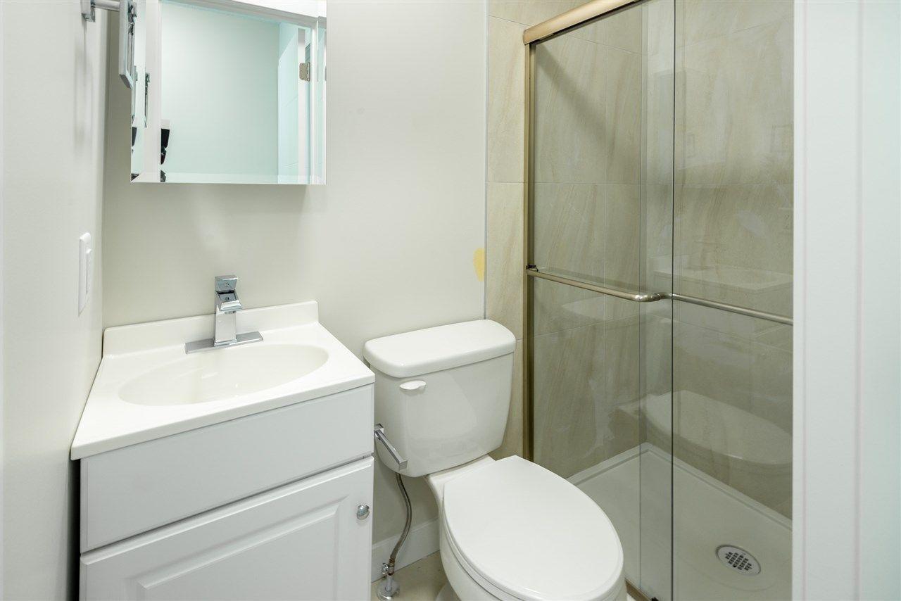 Photo 27: Photos: 11155 77 Avenue in Edmonton: Zone 15 House Half Duplex for sale : MLS®# E4145275