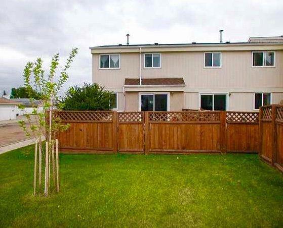 Main Photo: 4124 134 Avenue in Edmonton: Zone 35 Townhouse for sale : MLS®# E4148102