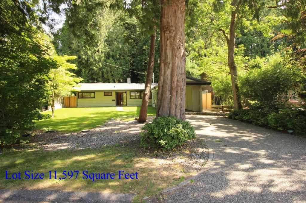 Main Photo: 1368 GREENBRIAR Way in North Vancouver: Edgemont House for sale : MLS®# R2381050