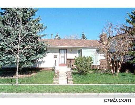Main Photo:  in CALGARY: Pineridge Residential Detached Single Family for sale (Calgary)  : MLS®# C2267060
