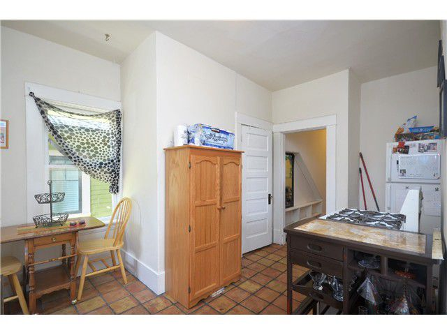 Photo 8: Photos: 1132 E 12TH AV in Vancouver: Mount Pleasant VE House for sale (Vancouver East)  : MLS®# V1023872