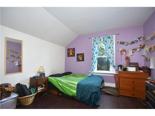 Photo 12: Photos: 1132 E 12TH AV in Vancouver: Mount Pleasant VE House for sale (Vancouver East)  : MLS®# V1023872