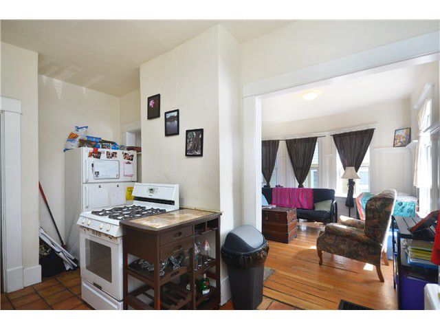Photo 15: Photos: 1132 E 12TH AV in Vancouver: Mount Pleasant VE House for sale (Vancouver East)  : MLS®# V1023872