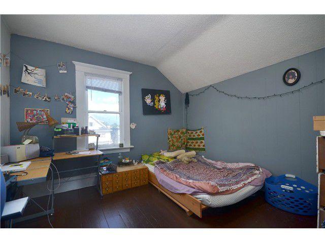 Photo 13: Photos: 1132 E 12TH AV in Vancouver: Mount Pleasant VE House for sale (Vancouver East)  : MLS®# V1023872