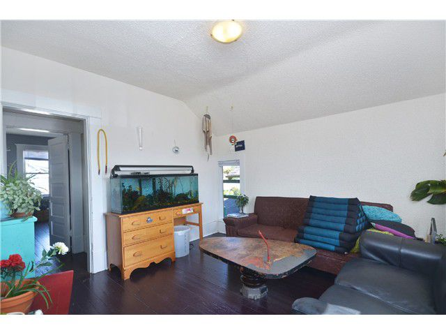 Photo 14: Photos: 1132 E 12TH AV in Vancouver: Mount Pleasant VE House for sale (Vancouver East)  : MLS®# V1023872