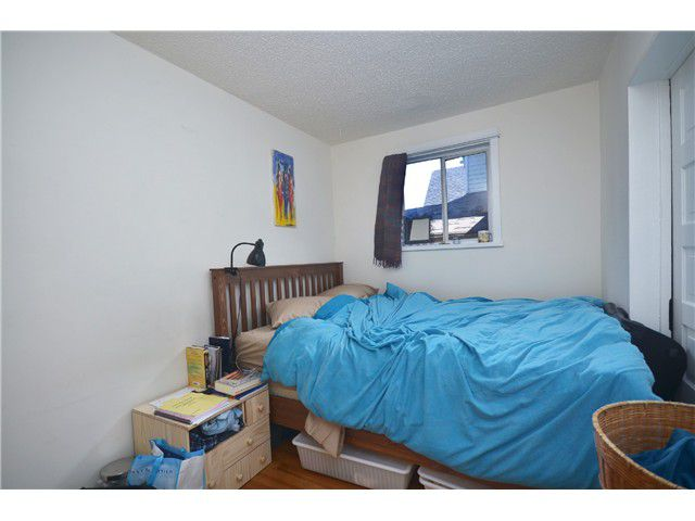 Photo 11: Photos: 1132 E 12TH AV in Vancouver: Mount Pleasant VE House for sale (Vancouver East)  : MLS®# V1023872
