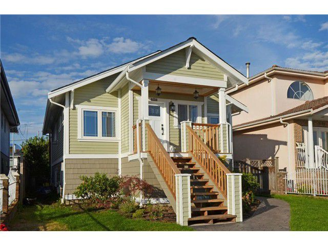 "Main Photo: 2761 E GEORGIA Street in Vancouver: Renfrew VE House for sale in ""Renfrew"" (Vancouver East)  : MLS®# V1089710"