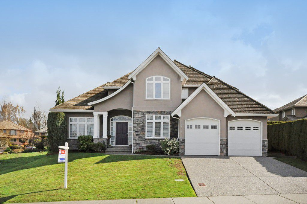 """Main Photo: 3642 CREEKSTONE Drive in Abbotsford: Abbotsford East House for sale in """"Creekstone On The Park"""" : MLS®# R2045885"""