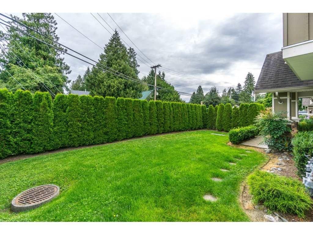 "Main Photo: 1 45190 SOUTH SUMAS Road in Chilliwack: Sardis West Vedder Rd Townhouse for sale in ""Casa Linda"" (Sardis)  : MLS®# R2088827"