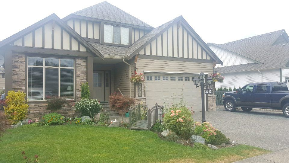 Main Photo: 2017 MCCAFFREY Road: Agassiz House for sale : MLS®# R2097534