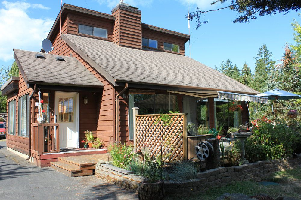 Main Photo: 68 Pilkey Point Road in Thetis Island: Beach Home for sale : MLS®# 303168