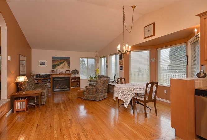 "Photo 9: Photos: 6217 NORWEST BAY Road in Sechelt: Sechelt District House for sale in ""WEST SECHELT"" (Sunshine Coast)  : MLS®# R2230873"
