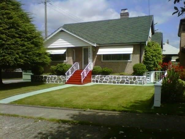 """Main Photo: 827 FOURTH Street in New Westminster: GlenBrooke North House for sale in """"GLENBROOKE NORTH"""" : MLS®# R2243225"""