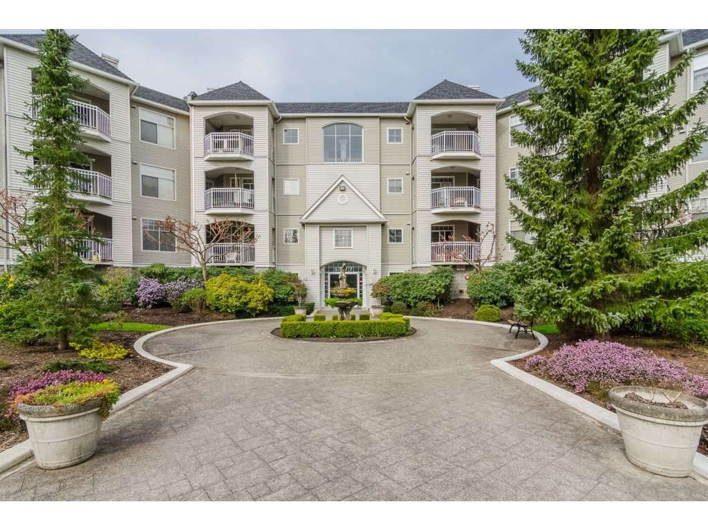 "Main Photo: 208 5677 208 Street in Langley: Langley City Condo for sale in ""IVYLEA"" : MLS®# R2257734"