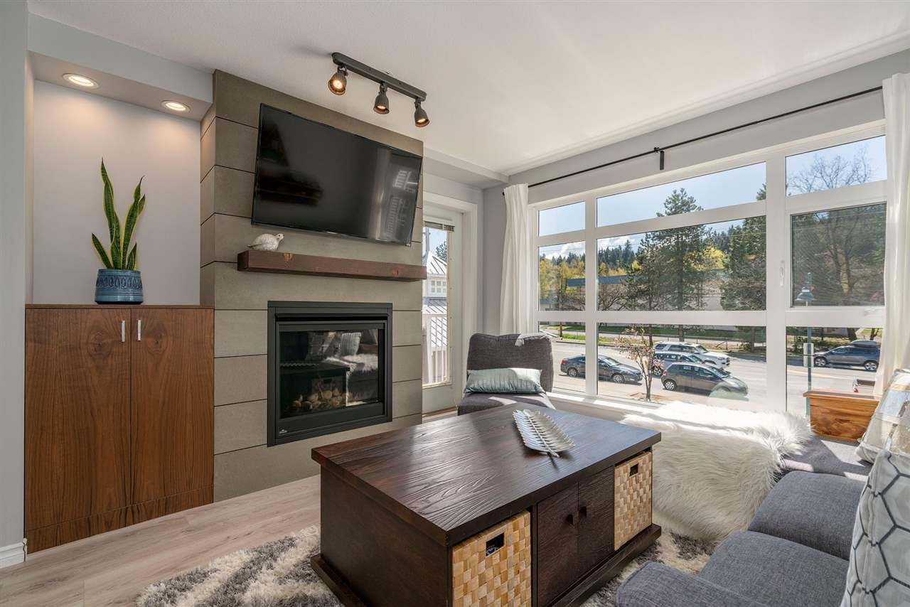 """Main Photo: 224 3122 ST JOHNS Street in Port Moody: Port Moody Centre Condo for sale in """"Sonrisa"""" : MLS®# R2259923"""