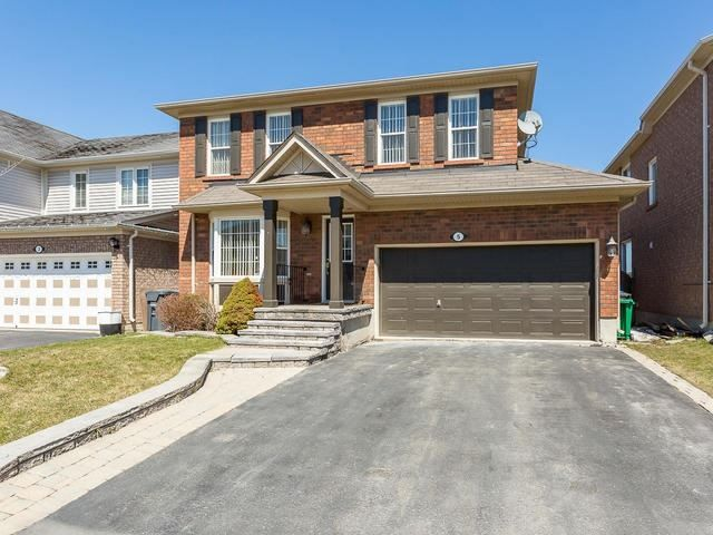 Main Photo: 5 Mortimer Drive in Brampton: Fletcher's Meadow House (2-Storey) for sale : MLS®# W4106057