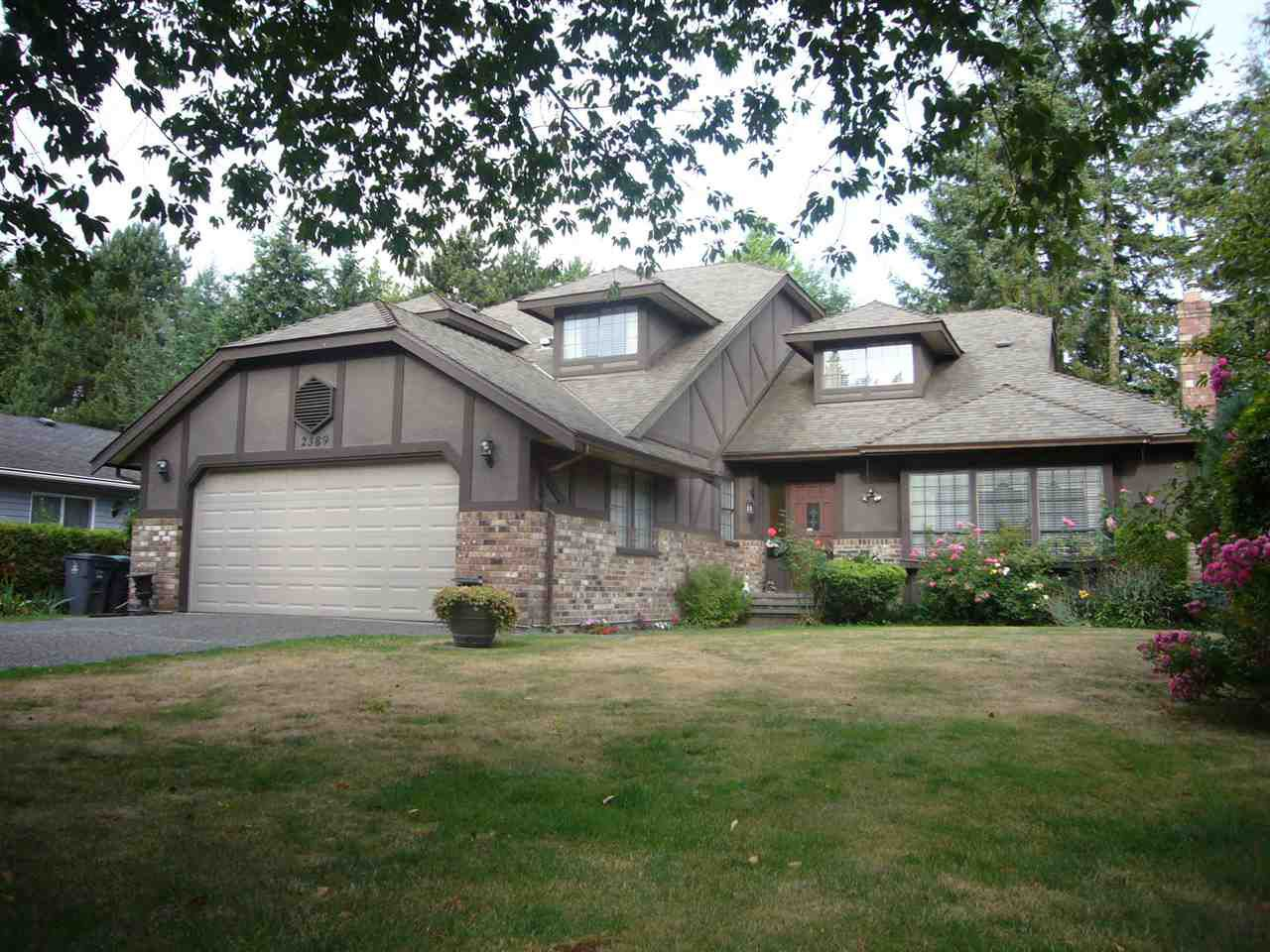 Main Photo: 2389 150B Street in Surrey: Sunnyside Park Surrey House for sale (South Surrey White Rock)  : MLS®# R2289995