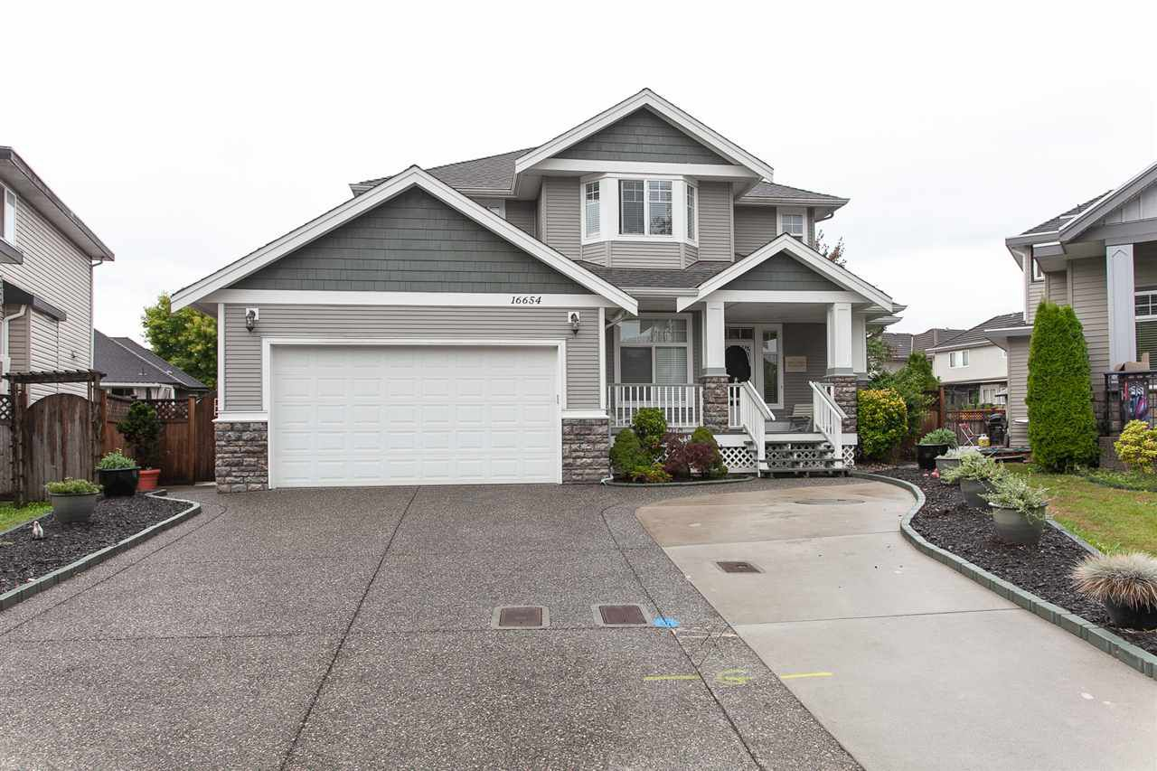 Main Photo: 16654 64 Avenue in Surrey: Cloverdale BC House for sale (Cloverdale)  : MLS®# R2305769