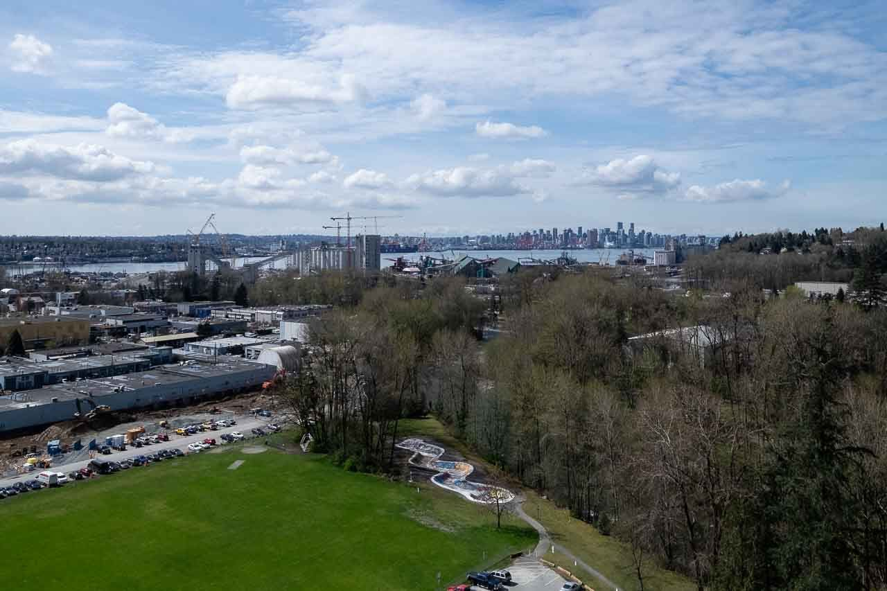 """Main Photo: 1905 680 SEYLYNN Crescent in North Vancouver: Lynnmour Condo for sale in """"Compass at Seylynn"""" : MLS®# R2355029"""